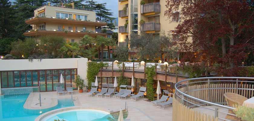 Park Hotel Mignon, Merano, Italy - outdoor pool & terrace.jpg